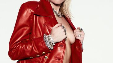 Miley Cyrus Topless 21