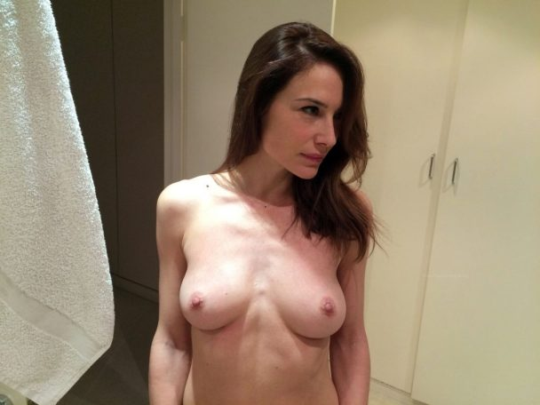 Claire Forlani Leaked 5